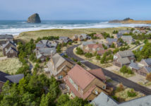 6155 BEACHCOMBER LN, Pacific City, OR 97135