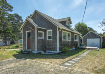 5905 HOLLY AVE, Cloverdale, OR 97112