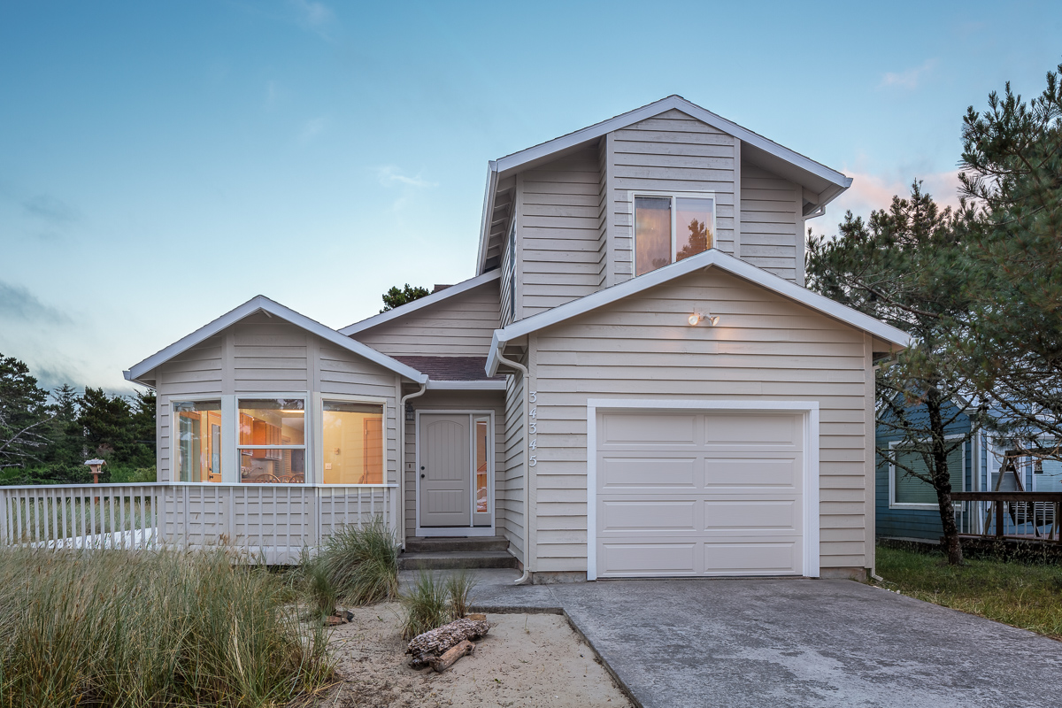 34345 Sandpiper Dr, Pacific City, OR 97135